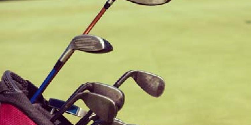 """Initiative """"Gebrauchte Golfschläger für die Jugend"""""""